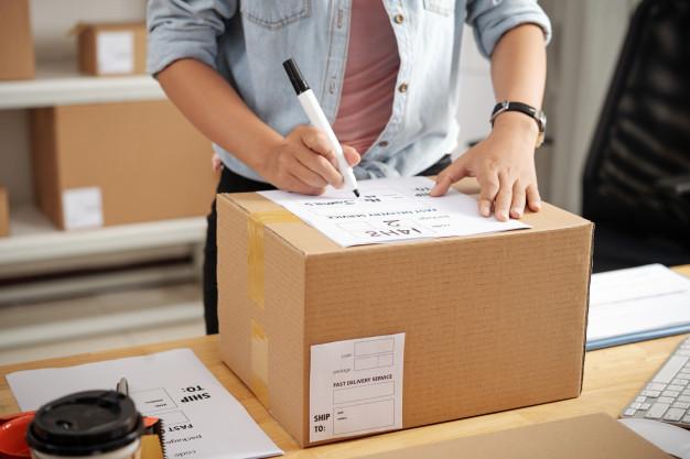 writing-address-box_1098-21122